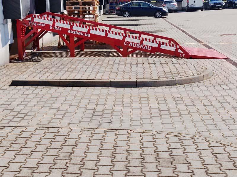 Dock access ramp AUSBAU-DG