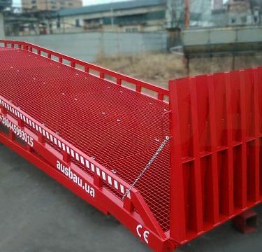 Mobile ramp AUSBAU-PRO8-4WL for a customer in Switzerland