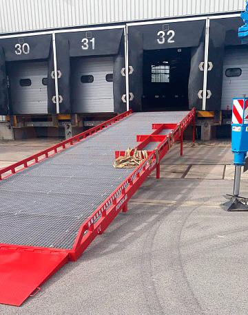 Loading dock ramp AUSBAU-ST