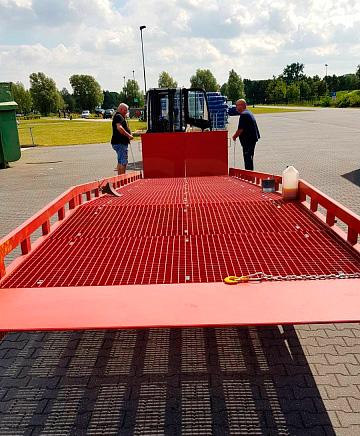 Nakladalna rampa za tovornjak AUSBAU