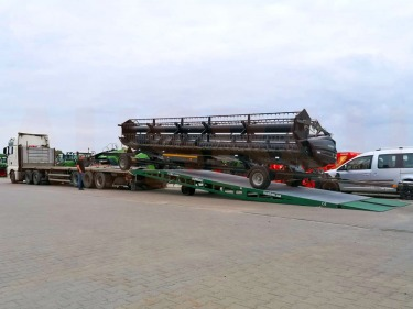 Mobile ramp for bulky and heavy transport to Poland